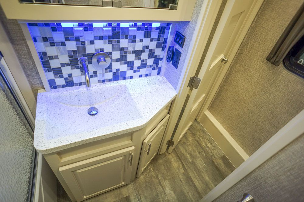 Luxury toy hauler master bath 04