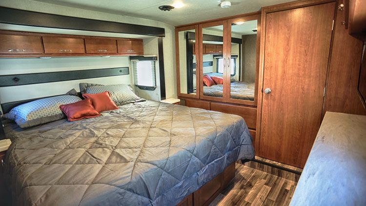 toy_hauler_hard_rock_maple_4250W_bedroom.jpg